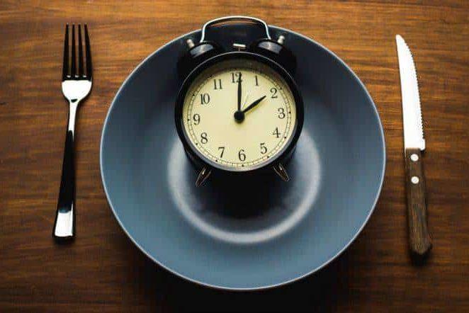 Vrai ou faux : Il faut manger lentement pour courir vite?