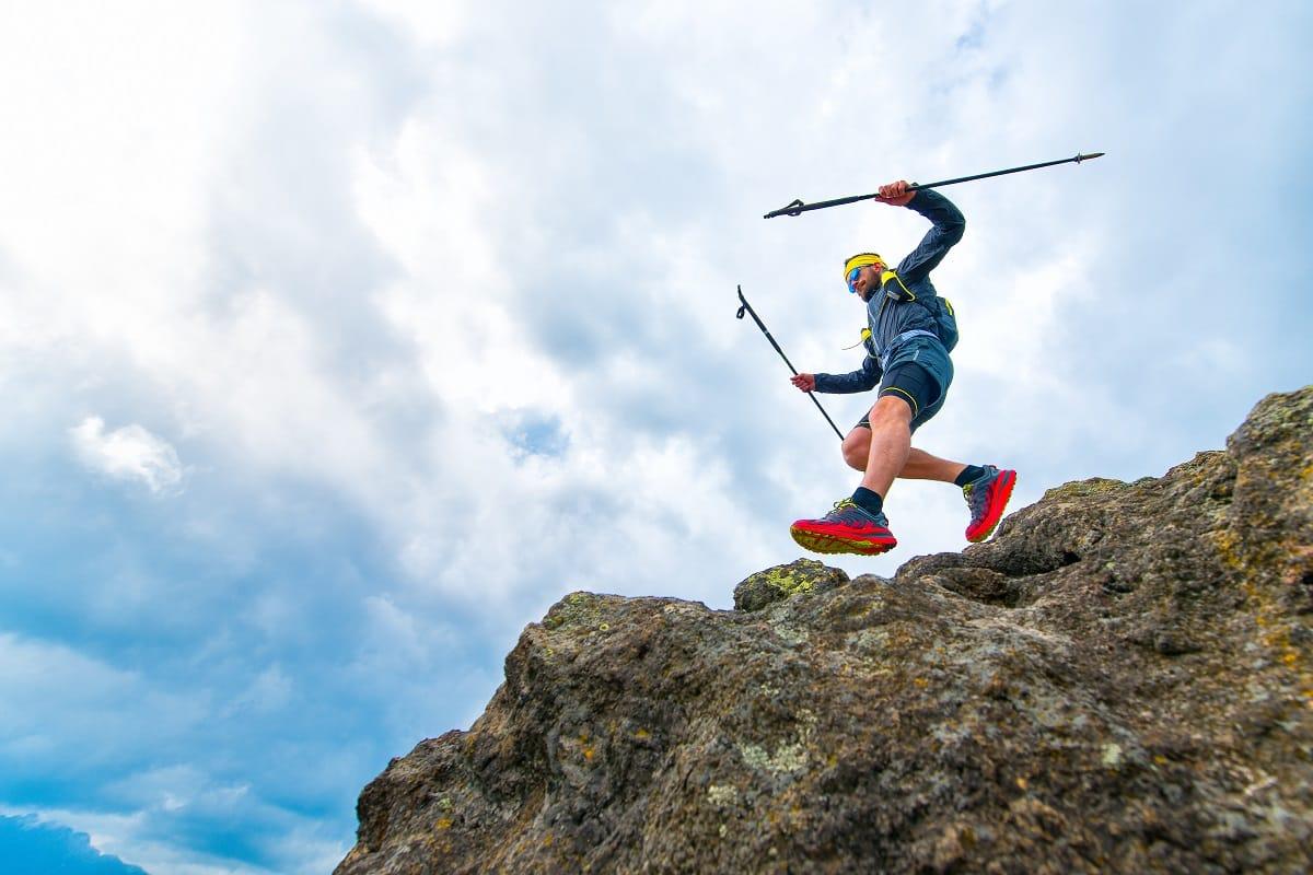Pourquoi et comment utiliser des bâtons de trail ?