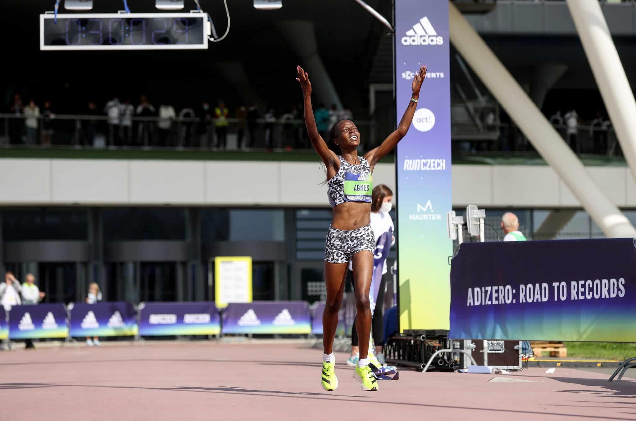 Deux nouveaux records du monde sur le 10 km et le 5 km féminin